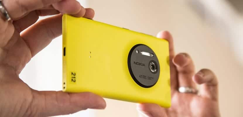 Microsoft Lumia 1020