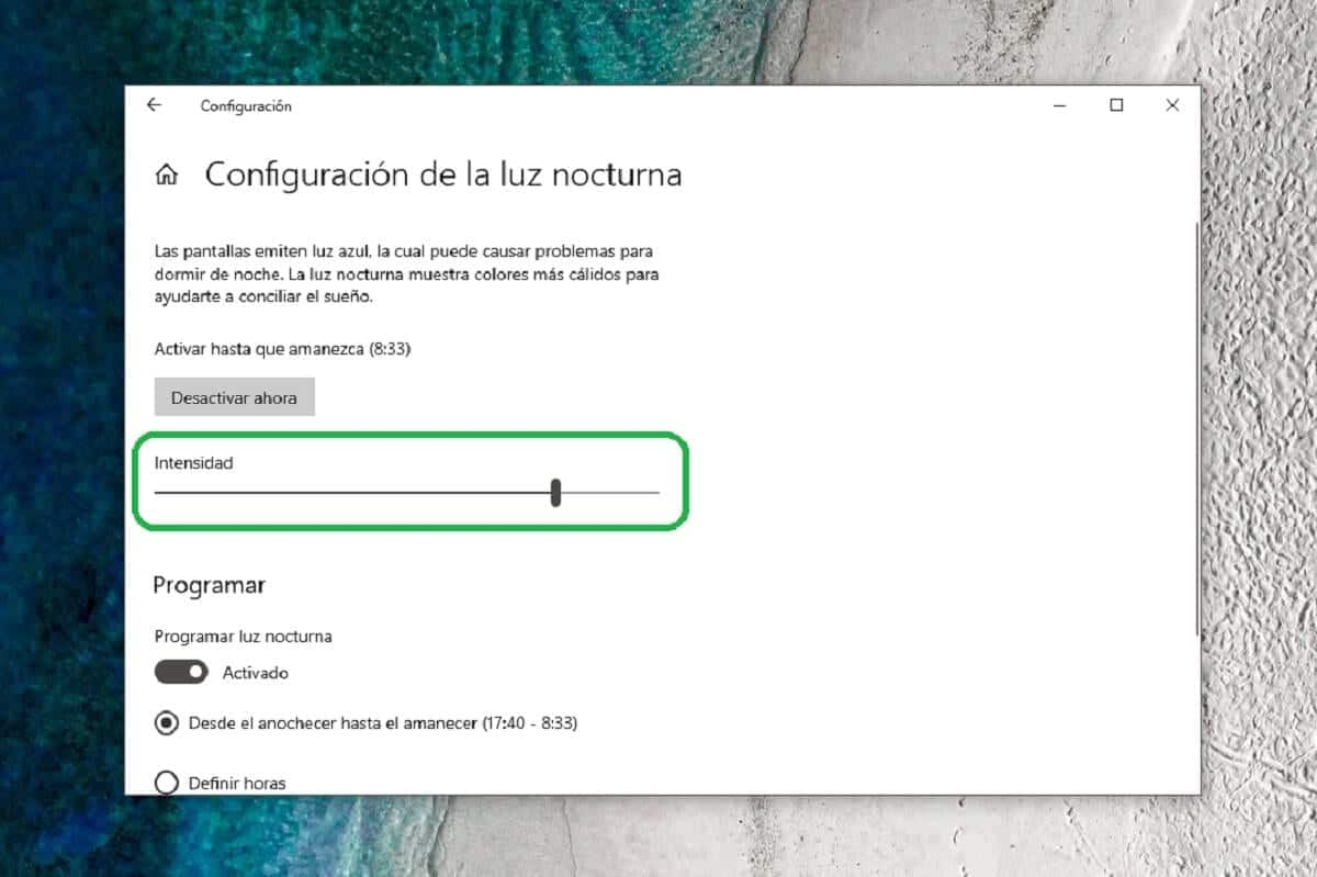 Ajustar la intensidad de la luz nocturna en Windows 10